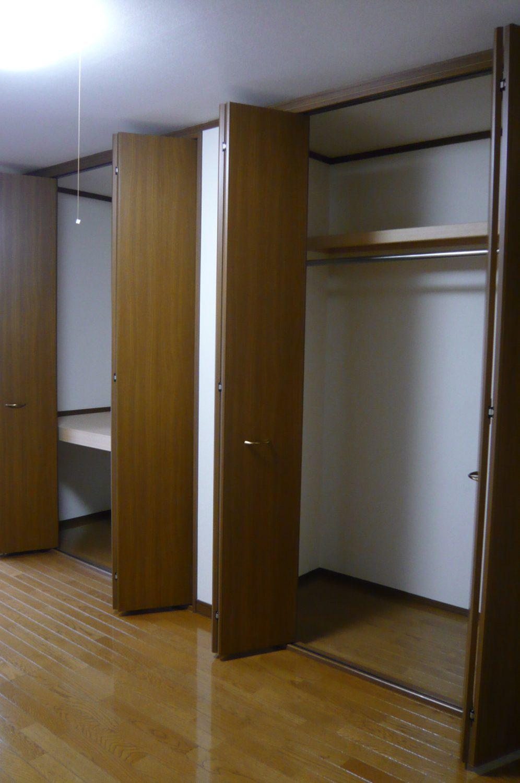 2F洋室収納