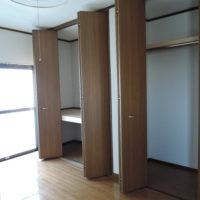 2F 洋室収納