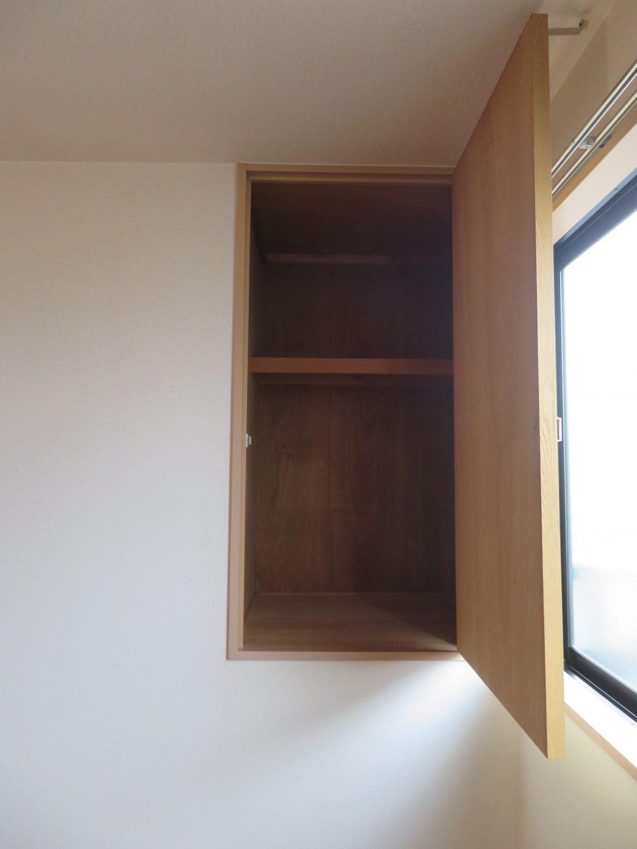 洋室(7.5)収納(居間)