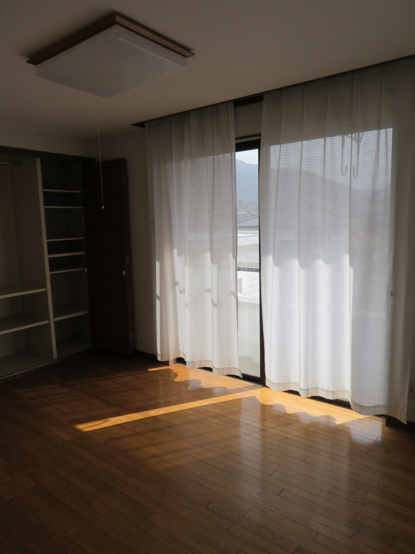 洋室(2階)